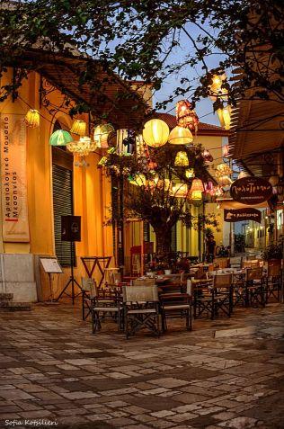 211cb9e123bac9388b45bfb458b0a260--outdoor-restaurant-outdoor-cafe